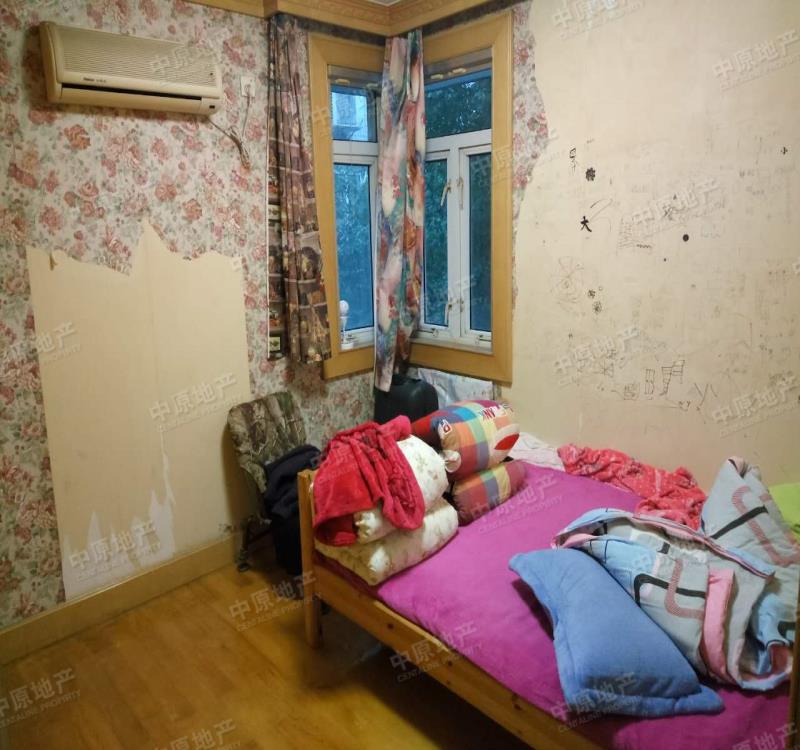 洪家园 金墙花苑 三室两厅 户型方正 南北通透